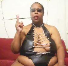 Mistress waits to facesit on slave
